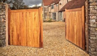 Driveway Gates | Courtyard Gates | Sydenhams