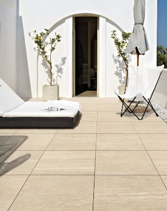 Al fresco porcelain paving